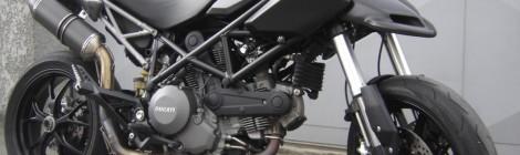 Ducati 796 hypermotard dark